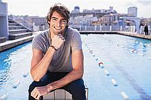 Camille Lacourt Un cours de natation par le premier champion du monde français de natation, ambassadeur de Clarins Men