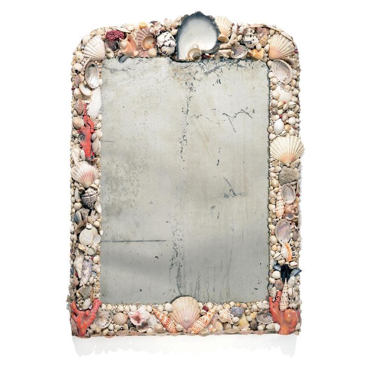 Grand miroir rectangulaire le cadre orn de coquillages et for Grand miroir mural rectangulaire