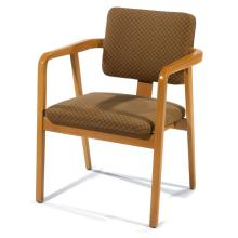 GEORGE NELSON (1908-1986) & HERMAN MILLER (ÉDITEUR)Fauteuil, 1946, structure en bois clair courbé formant arcatures souples soutenue...