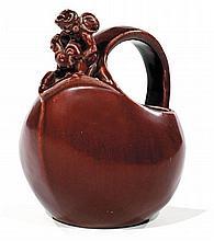 Bode WILLUMSEN (1895-1989) & ROYAL COPENHAGUE (Manufacture) Pichet zoomorphe à large ouverture, en grès émaillé sang de bœuf, haute ...