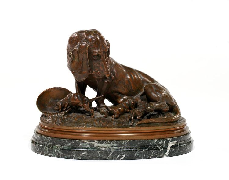 CHARLES MASSON (1822-1894) Chienne basset et ses petits Bronze à patine brune nuancée de vert sur base en marbre vert. Signé C. Ma...