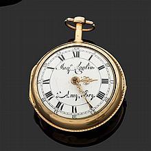 JACQUES COULIN & AMY BRY MILIEU XVIIIème siècle Montre oignon en or avec double boîtier lisse (enfoncements) époque Louis XV. Lunett...