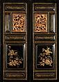 LOT DE DEUX PANNEAUX en bois laqué et doré, de forme rectangulaire, divisés en six compartiments moulurés ornés, sur les deux faces,...