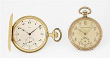 LIP DEBUT XXe Montre de poche savonnette en or jaune. Cadran émail blanc avec index chiffres Breguet peints, indication 24 heures en...