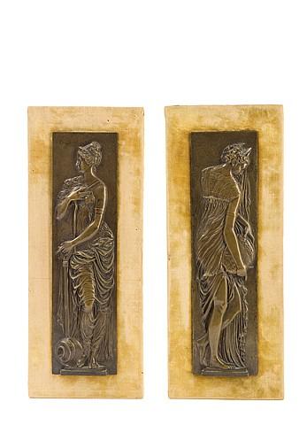 D'après Jean GOUJON (1510-1567) Deux femmes drapées d'après les Nymphes de la Fontaine des Innocents