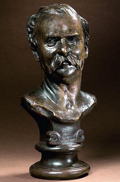 Sarah BERNHARDT (1844-1923) Buste dhomme sur piédouche, 1875.