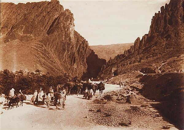 Auguste Gabriel Jouve  (1870-1947) Gorges d'El Kantara, vers 1880-1890 Épreuve argentique, portant le cachet du photographe au verso...