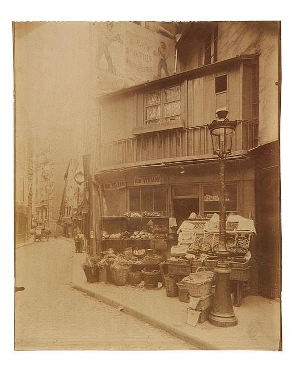 Eugène Atget (1857-1927) Coin Rue Galande, 1906 Épreuve albuminée, négatif verre, non montée, légendée