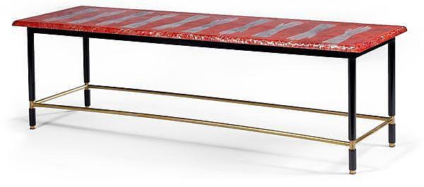 Duilio BARNABé (1914-1961) dit Dubé &FONTANA ARTE Exceptionnelle table basse rectangulaire, structure tubulaire en laiton, piétement...