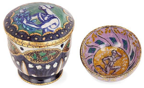 André METHEY (1871-1921) Suite deux pièces en faïence: - bonbonnière à corps ovoïde sur talon et couvercle bombé à décor d'une femme...