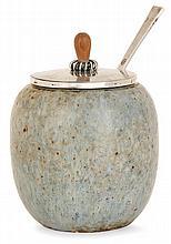 BODE WILLUMSEN (1895-1989) HANS HANSEN (Orfèvre) Pot à confiture ovoïde, en grès émaillé vert, bleu, gris jaspés de brun. Signature ...