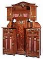 Gustave SERRURIER-BOVY (1858-1910) Spectaculaire meuble de rangement en acajou, circa 1909, la partie inférieure forme buffet surmon...