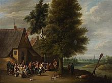 École FLAMANDE vers 1700, suiveur de David TENIERS Réjouissances villageoises Toile 56 x 74,5 cm Restaurations