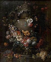 Gaspard-Pieter VERBRUGGHEN Le Jeune (Anvers 1664 – 1730)  Guirlande de fleurs entourant une vasque Toile  47 x 39 cm  Signée en bas ...