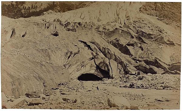 Louis-Auguste Bisson (1814-1876) et Auguste-Rosalie Bisson (1826-1900) Vue de l'Arveyron, Mont-Blanc, Aiguilles Vertes et Ascension ...