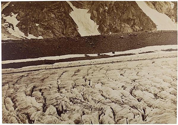 Louis-Auguste Bisson (1814-1876) et Auguste-Rosalie Bisson (1826-1900) Glacier du Lauter-aar, 1855 Épreuve albuminée, négatif verre ...