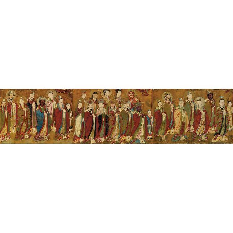 LONGUE ET FINE PEINTURE à l''encre et polychromie sur soie jaune préparée, composée de trois fragments mis bout à bout, représentant ...