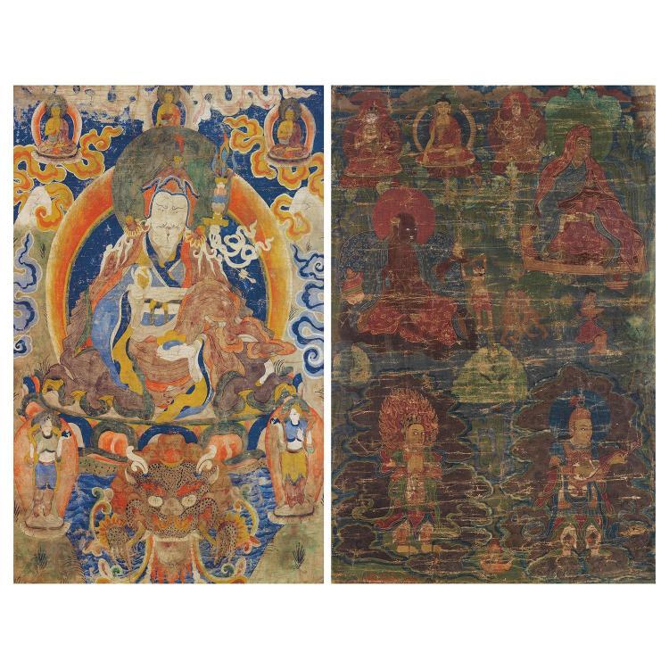 LOT DE DEUX THANGKA tous de forme rectangulaire, le plus grand, peint à l''encre et polychromie sur toile, représentant Padmasambhava...