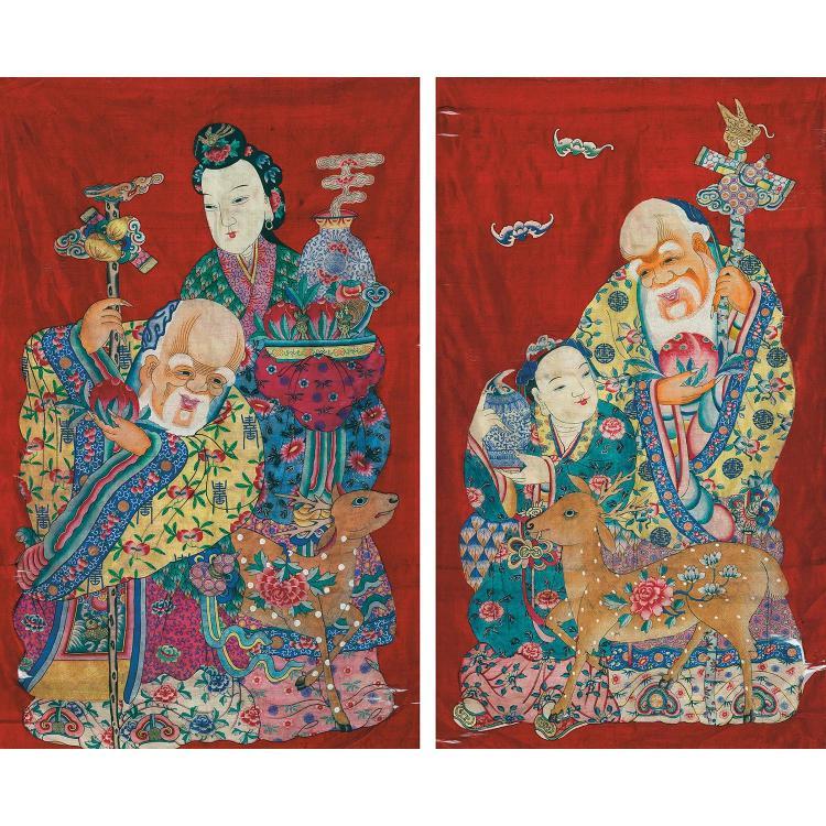 PAIRE DE GRANDS PANNEAUX VERTICAUX en tapisserie de soie, dite