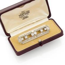 RAYMOND TEMPLIER EPOQUE ART DECO An Art Deco diamond and gold brooch by Raymond TEMPLIER.