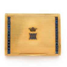 BOUCHERON ANNEES 1935 A sapphire and gold cigarette box by BOUCHERON, circa 1935.