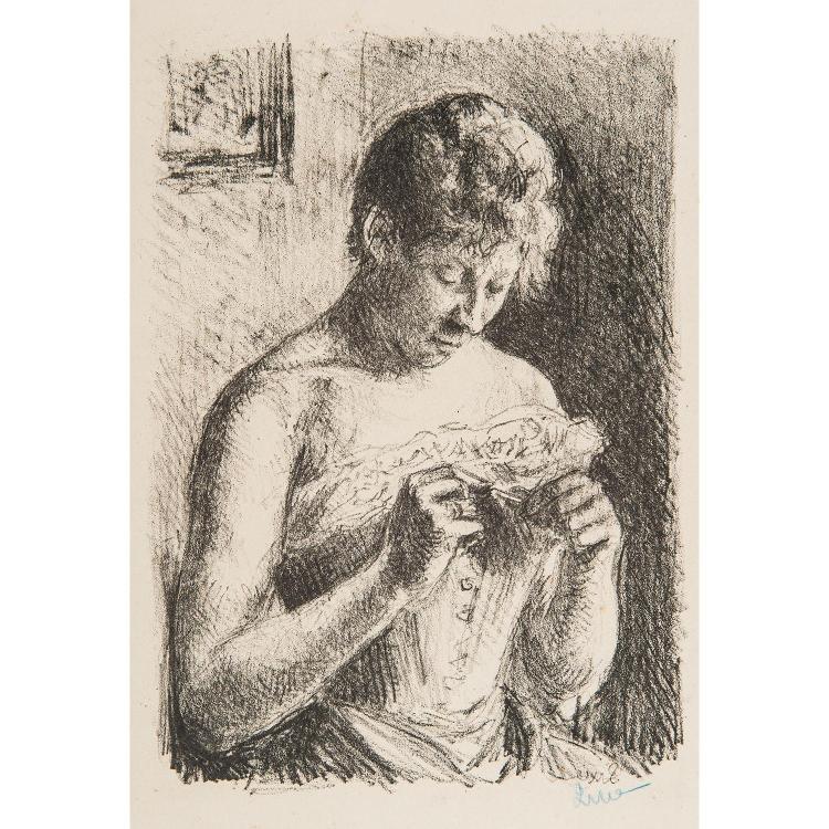 MAXIMILIEN LUCE (1858-1941) FEMME EN BUSTE SE FAISANT LES ONGLES