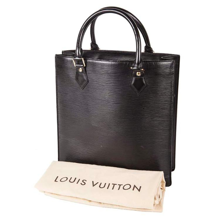 LOUIS VUITTON Sac Louis Vuitton Plat en cuir epi noir