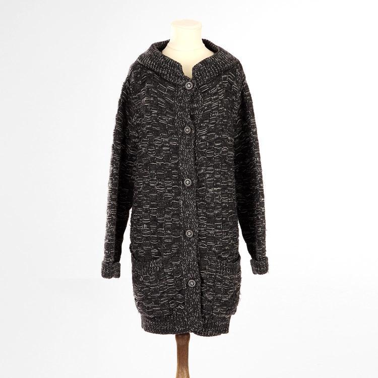 CHANEL Veste Gilet Chanel en cachemire noir chiné