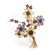 VAN CLEEF & ARPELS ANNEES 1940 A blue and yellow sapphire, ruby, diamond and gold brooch by VAN CLEEF & ARPELS, circa 1940.