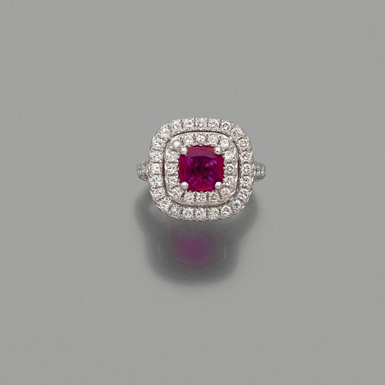 A 1,59 carat ruby, diamond and platinum ring.