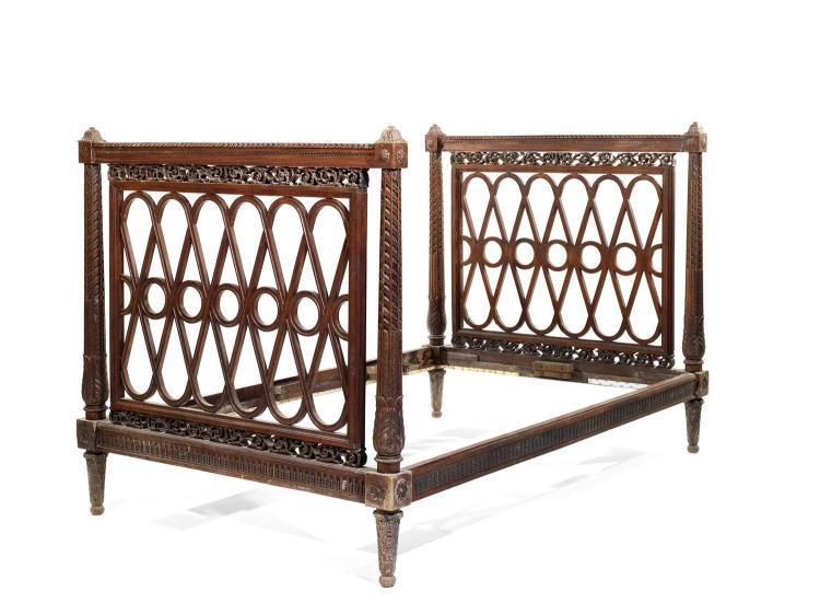 lit en acajou moulur et sculpt style louis xvi poque na. Black Bedroom Furniture Sets. Home Design Ideas