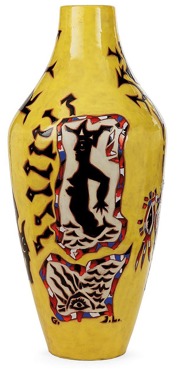 Jean LURÇAT (1892-1966) Très grand vase ovoïde en faïence, à décor de personnages et visages stylisés dans de grandes réserves, émau...