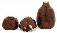 Auguste DELAHERCHE (1857-1940) - A small potbellied enamelled porcelain vase