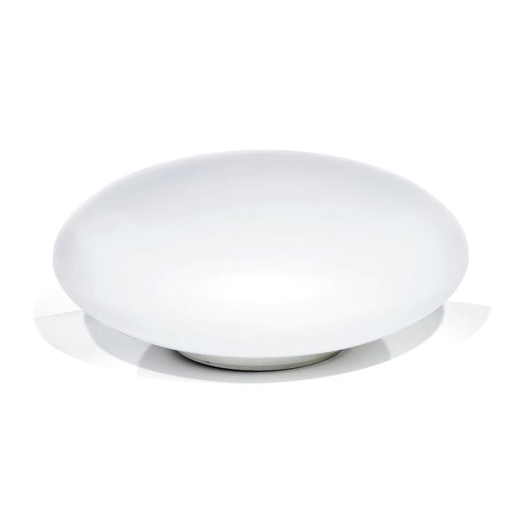 JOSEPH-ANDRÉ MOTTE (1925-2013) Grande lampe à poser, formant sphère aplatie en opaline blanche, reposant sur une gorge de métal ci...