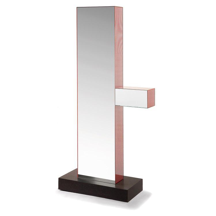 ETTORE SOTTSASS (1917-2007) Grand miroir stèle