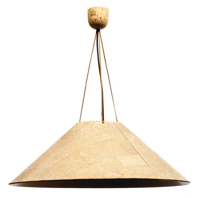 INGO MAURER (NÉ EN 1932)Suspension, structure tronconique en métal plaqué de liège, fils de cuir, cache-bélière en liège. Cachet de ...