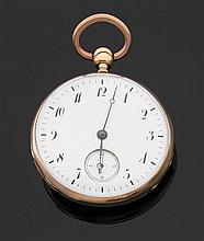 TAVERNIER à LYON DéBUT XIXème Importante montre de poche en or rose avec répétition des quarts. Cadran émail blanc (fêles) avec inde...
