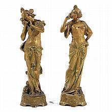 ERNST WAHLISS (1836-1950) A set of two golden porcelain sculptures