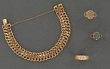 LOT comprenant :   3 BAGUES en or rose bas titre dont une BAGUE ornée d'un cabochon de turquoise dans un entourage de demi-perles fines, TDD 53