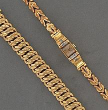 LOT comprenant :  un BRACELET gourmette americaine bordé en or jaune 18K