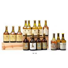 Ensemble de 4 bouteilles et 1 demi-bouteille