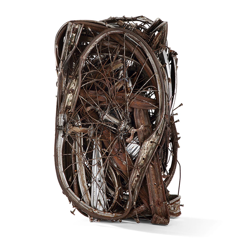 CÉSAR (1921-1998) Compression, circa 1985 Bicyclettes compressées Signé Compressed bicycles; signed 59 x 34 x 23 cm - 23 1...