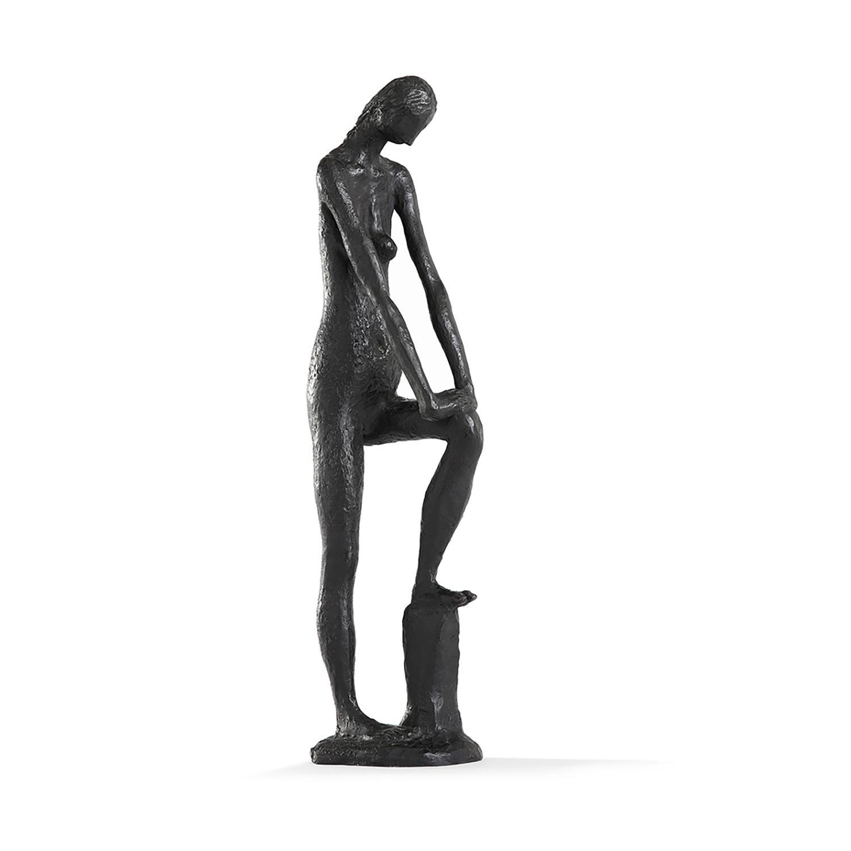ROBERT COUTURIER (1905-2008) Estelle, 1945 Bronze à patine noire Signé, dédicacé 'pour M. Albert Corduant' et numéroté 2/6 D...