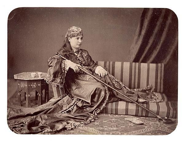 Pascal Sébah (1823 -1886) Dame turque chez elle, vers 1870 Épreuve albuminée, négatif verre, légendée et numérotée dans le négatif, ...
