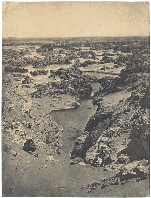 """Maxime du Camp (1822-1894) Vue cavalière de la seconde cataracte, 1851 Épreuve salée, négatif papier, montée sur carton imprimé """"Max..."""