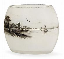 DAUM NANCY Petit vase ovoïde méplat en verre satiné sur base opalescente, à décor émaillé en grisaille d'un moulin à vent dans un pa...