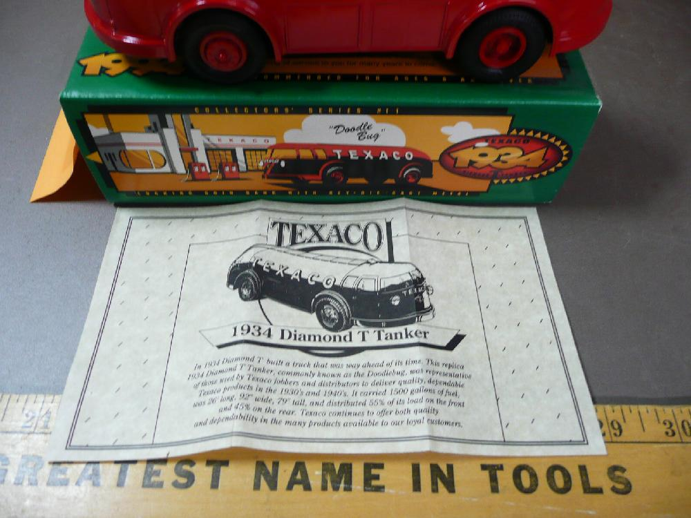"TEXACO 1934 DIAMOND T TANKER /""DOODLE BUG/"" DIE CAST MINT"