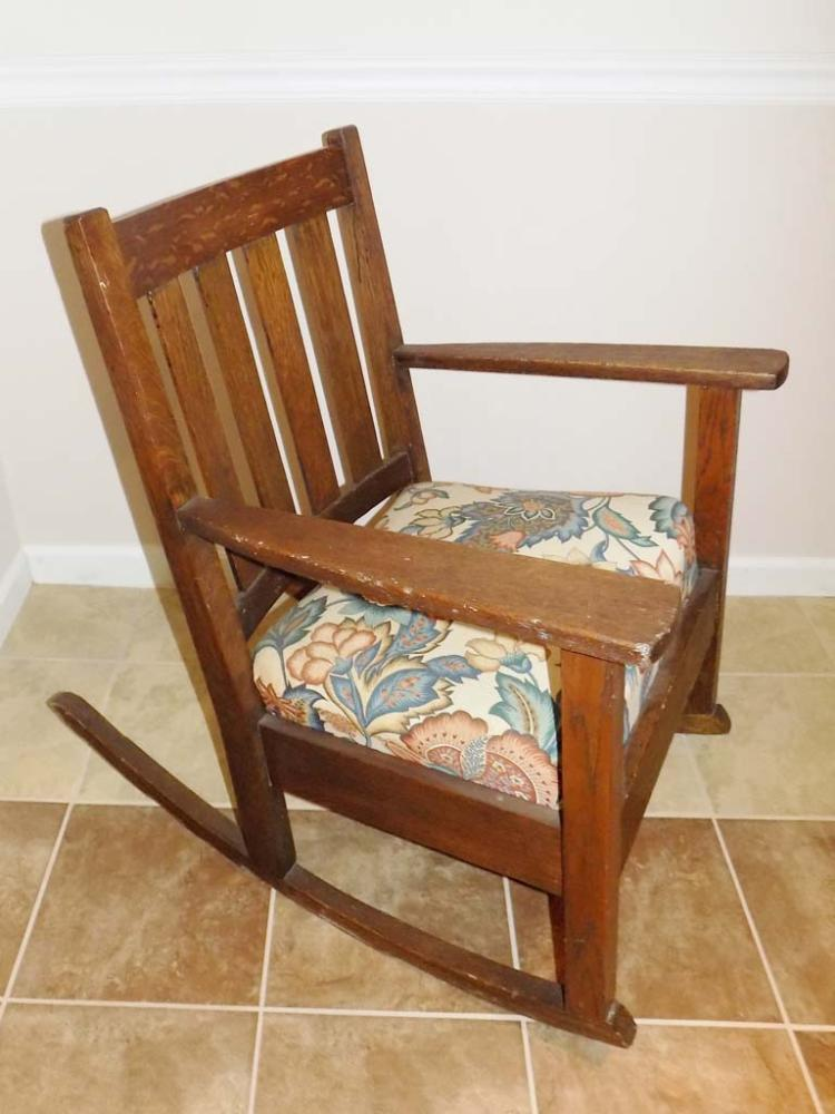 Lot Mission Rocking Chair
