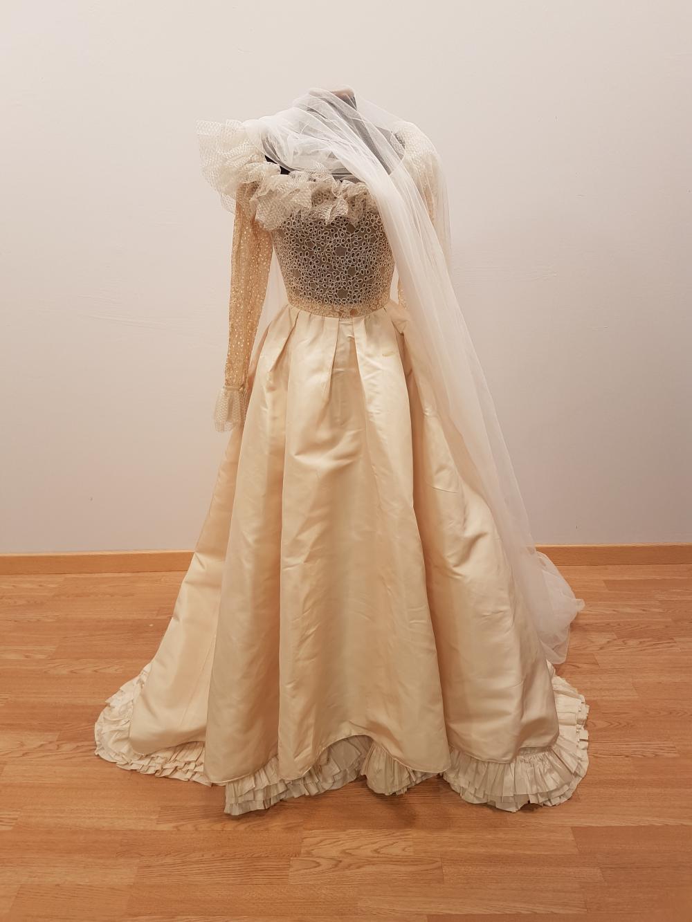Abiti Da Sposa Ysl.Abito Da Sposa Wedding Dress