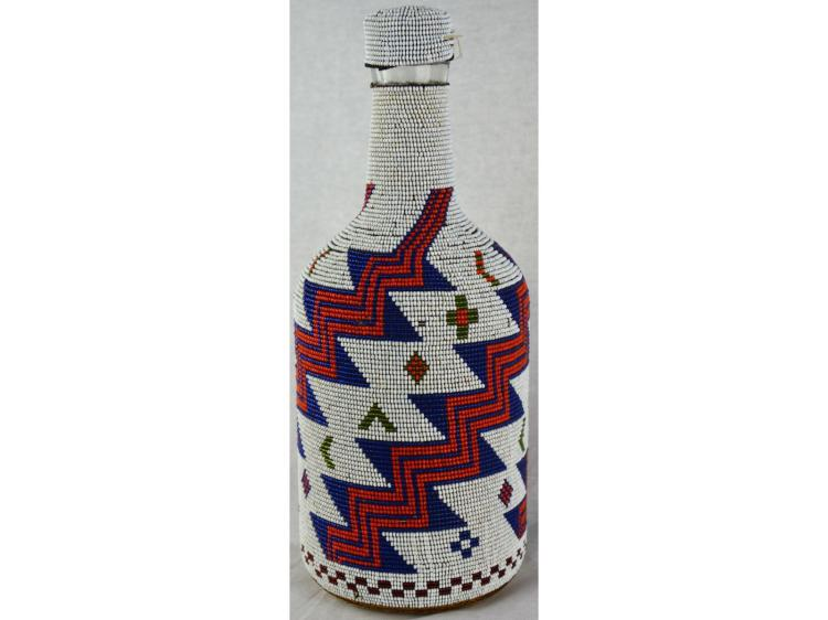 VERY LARGE NATIVE AMERICAN PAIUTE OR NORTH WEST COAST INDIAN BEADED BOTTLE BEADWORK